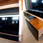 TVボードと吊戸棚